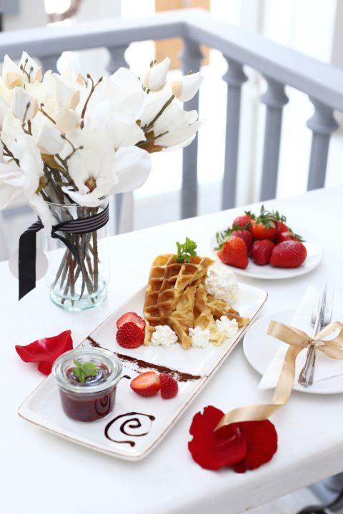 waffle, gofri, belga, étterem, reggeli, brunch, nutella, eper, vintage world, legjobb, debrecen,