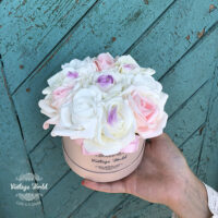 kézzel készített rózsadoboz