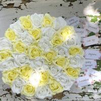 virágcsokor, virágbox, rózsabox