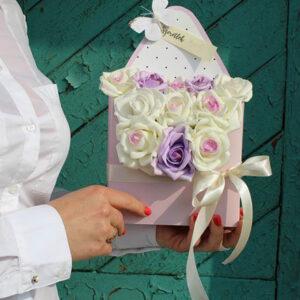 virágdoboz romantikus habrózsa boríték rózsadoboz virágküldés