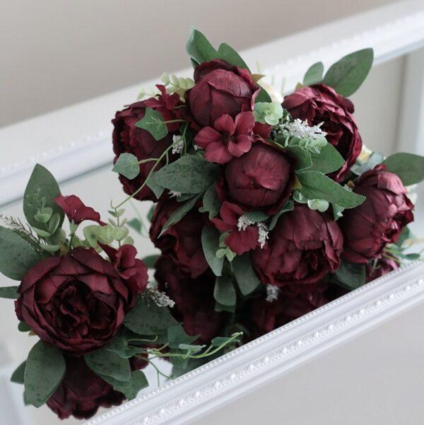 burgundy wedding dream bordo menyasszonyi csokor eskuvoi volegeny kituzo