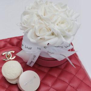 fehér rózsa rózsadoboz házhozszállítás ajándék nőknek