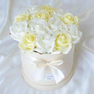 Édenkert Fehér - vajsárga rózsadoboz