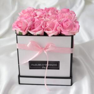 Örökké Tart Rózsaszín közepes rózsadoboz