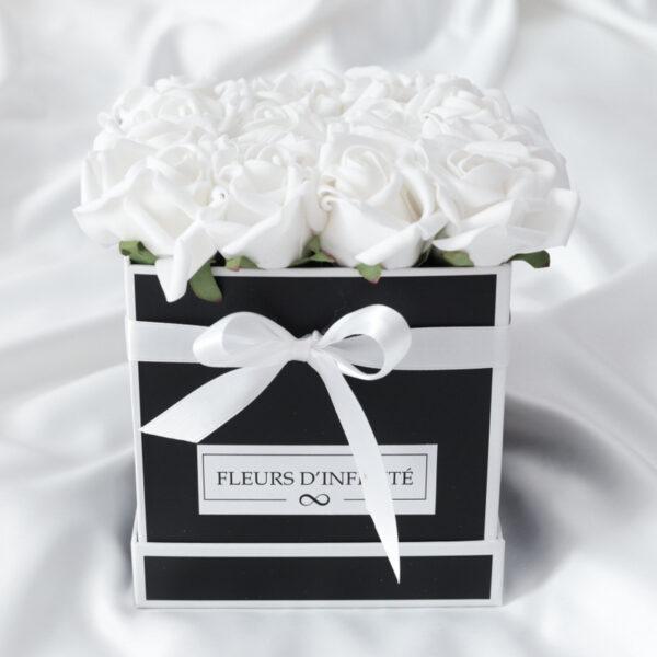 Fehér Rózsakert Közepes rózsadoboz