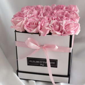 Púder Meglepetés Rózsaszín extra rózsadoboz